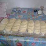 Ζυμωμα Ψωμιού (7)